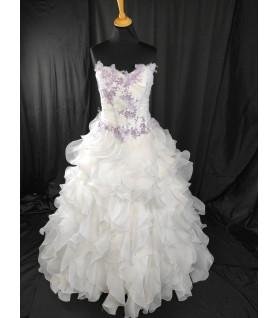 Robe de mariée parme